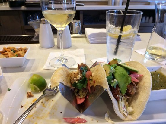 "Arizona Golf Resort: Yummy ""small plates"" during 4-7 happy hour"