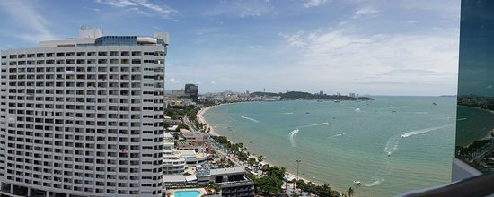 Holiday Inn Pattaya : gorgeous view from the 20th floor