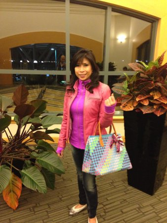 Fairmont Vancouver Airport: My wife near the airport entrance