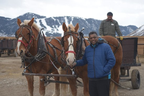 Wyoming Inn of Jackson Hole: The Elk Ride (Christmas in March)