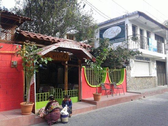 El Bistro: View from Santander street