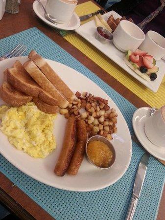 Hotel Le Vincent: Déjeuner préparé comme on le désire selon les choix.