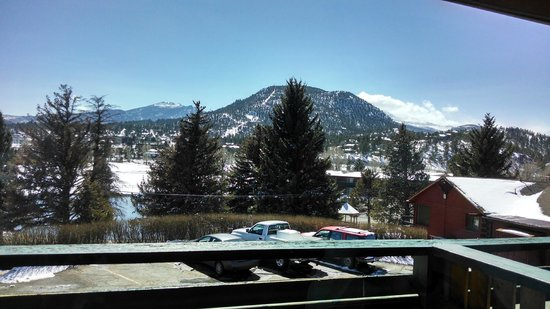 Discovery Lodge : View from back bay window - Mountain Views