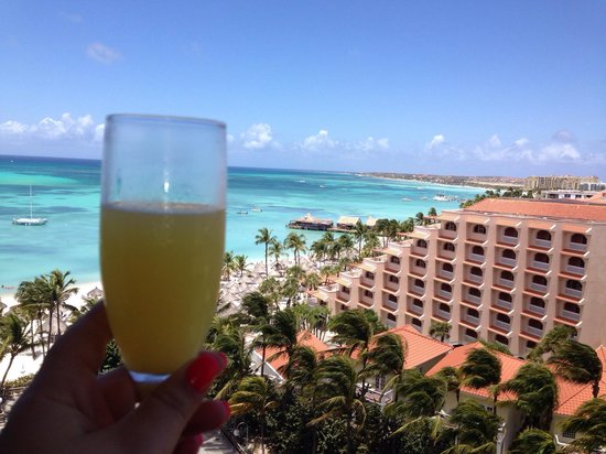 Hyatt Regency Aruba Resort and Casino: View from my room on the 9th floor after getting a mimosa at check in
