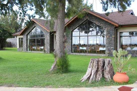 Sweetwaters Serena Camp: New restaurant building