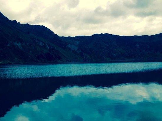 Laguna Quilotoa: down there