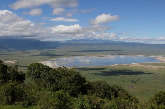 Ngorongoro Serena Safari Lodge: Spectacular view of the crater
