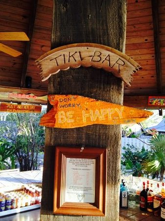 Fernandez Bay Village : the Tiki Bar.....an Honor Bar.