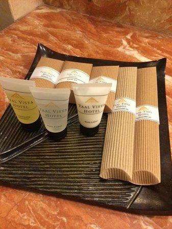 Taal Vista Hotel: vanity kit
