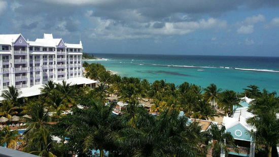 ClubHotel Riu Ocho Rios: The view from my suite truly fell in love:)