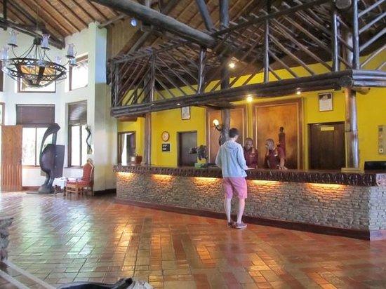 Ol Tukai Lodge : Reception area