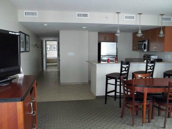 Sandy Beach Resort : Kitchen