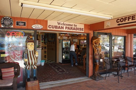 Cuban Paradise Cigar and Cafe