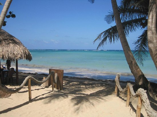 Little Corn Beach and Bungalow: view of the beach from LCBB