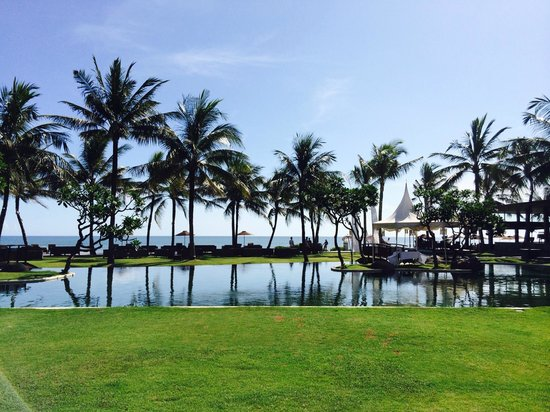 The Samaya Bali Seminyak : Pool area