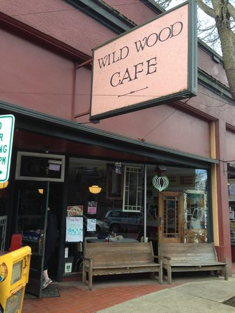Wild Wood Cafe: Simple Is Best
