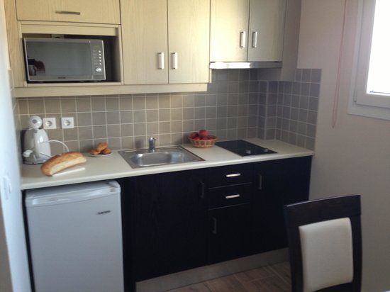Perros apartments: Well equipped kitchen