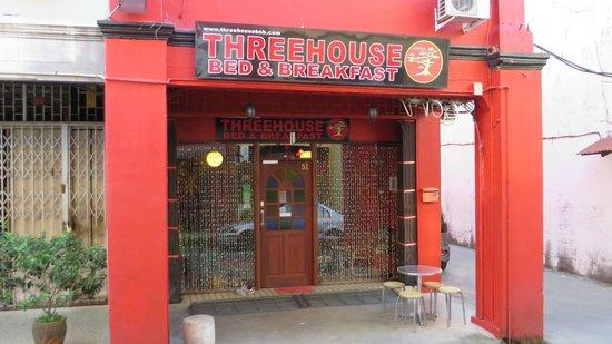 ThreeHouse Bed & Breakfast: ThreeHouse  -  B&B  -  Kuching