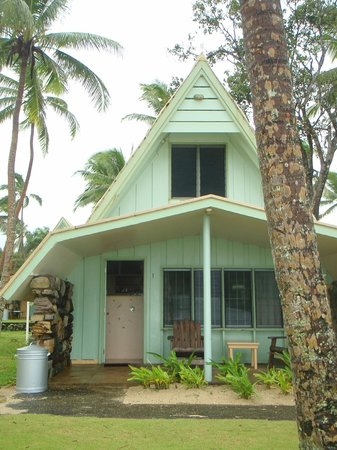 Tubakula Beach Bungalows: our beachfron bure