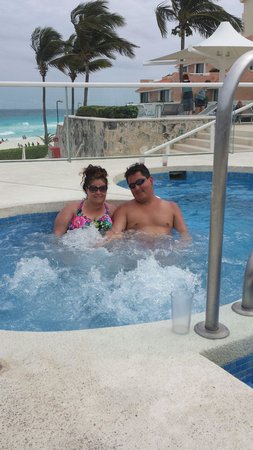 Omni Cancun Resort & Villas : Amy and Jesse