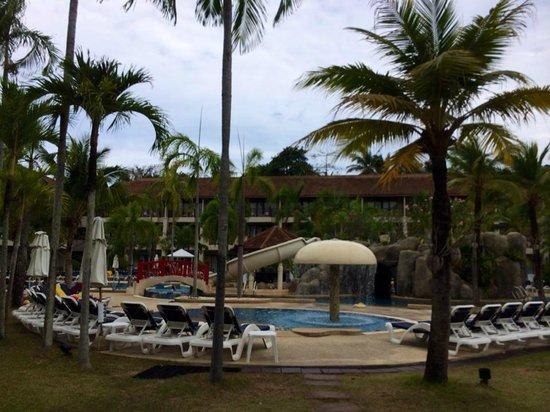Centara Karon Resort Phuket : Main swimming pool