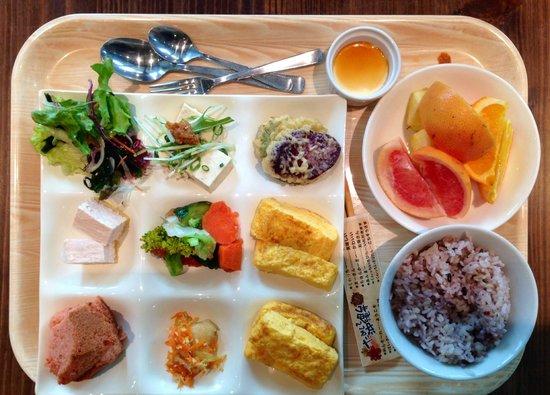Daiwa Roynet Hotel Naha Kokusaidori : breakfast