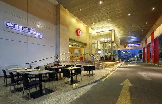 Amaris Hotel Mangga Dua Square: Terrace cafe