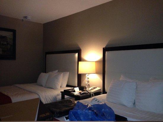 Holiday Inn Hotel & Suites Boston-Peabody: Habitación 327