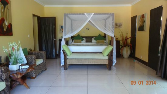 Villa Menari Bali : Main bedroom, very clean & comfortable!!
