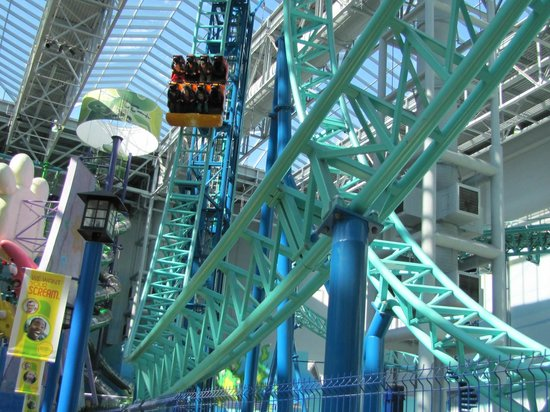 Nickelodeon Universe entrance - Picture of Nickelodeon