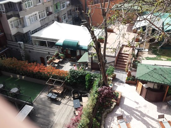 Rose Garden Suites Istanbul : vue sur le resto