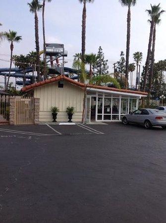 Best Host Inn: l'endroit où l'on prend le petit-déjeuner