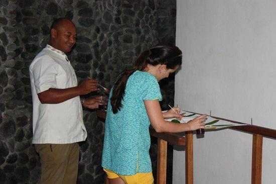 Alila Ubud: making batik