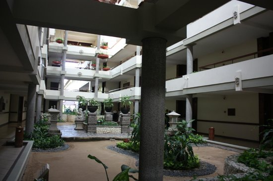 Melia Bali Indonesia: outside the room