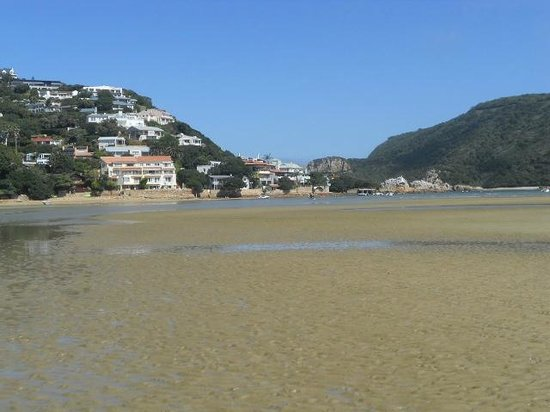Hope Villa Bed & Breakfast : The beautiful Knysna lagoon a stones throw away