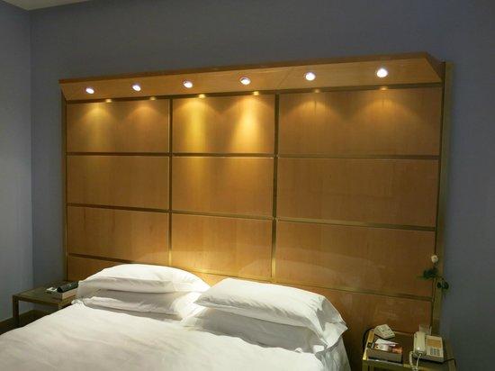 Hotel Albani Roma: Bed