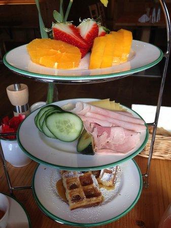 Der Waldhof : middle course of breakfast