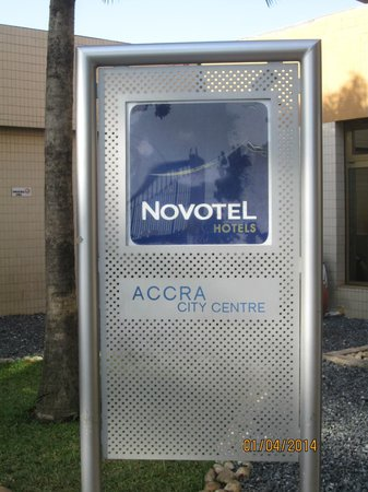 Accra City Hotel: Hotel Sign