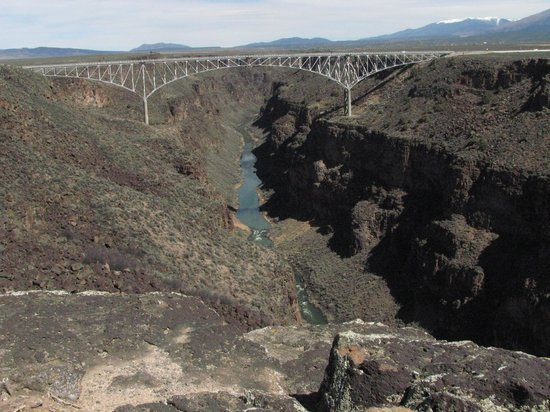 Rio Grande Gorge Bridge: long shot of Bridge