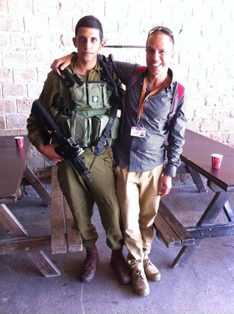 Ron Lev-Your Private Day Tour Guide in Israel: Ron Lev with a Druze Soldier