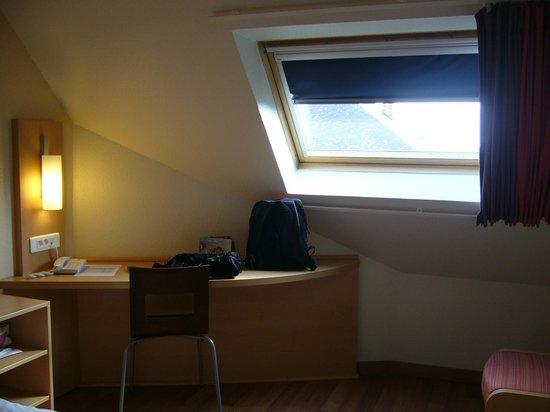Ibis Strasbourg Centre Petite France : room 611