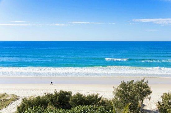 Oceanside Resort: Beach is only footsteps away