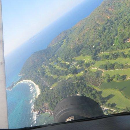 Constance Lemuria: Campo Golf dall'alto