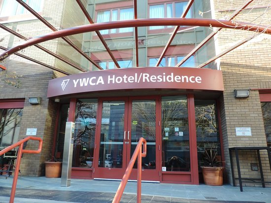 YWCA Hotel Vancouver: Fachada