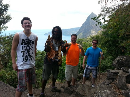 Solomon Water Taxi & Tours: Half way point of the hike