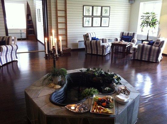 Hanko Fjordhotell & Spa: Relax-avdelingen med forfriskninger