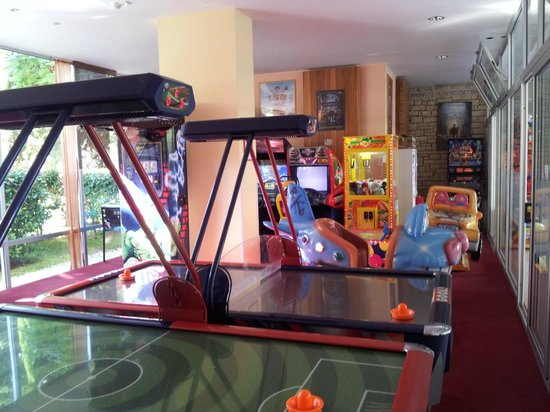 Falkensteiner Club Funimation Borik: Kids games room