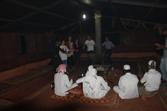 Bedouin Lifestyle Camp: camp happy hour