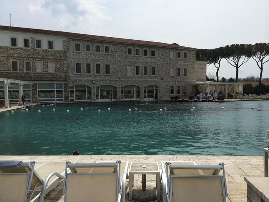 Terme di Saturnia Spa & Golf Resort : PISCINA TERMALE