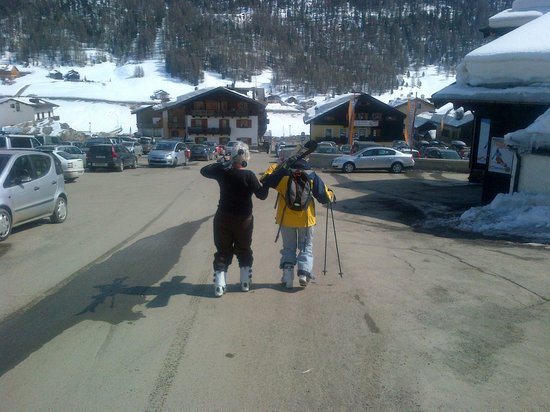 Dependance Sporting: From the ski lift